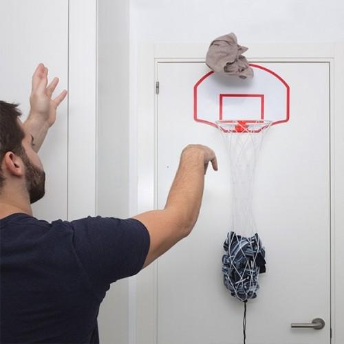 Basketbalový kôš na špinavé prádlo
