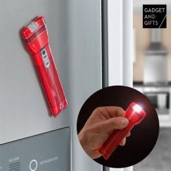 Magnetická LED baterka