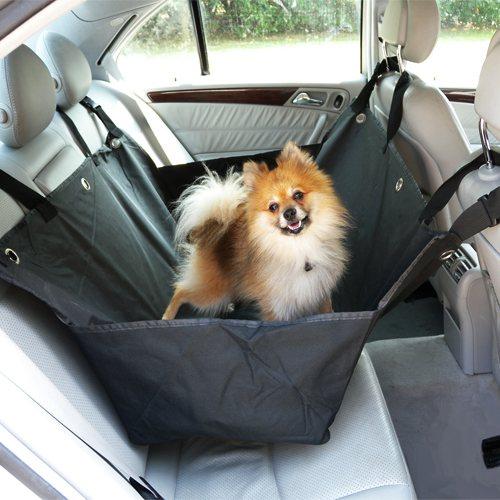 Chránič interiéru auta pri preprave psov