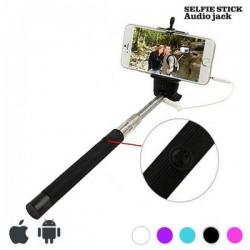 Selfie tyč so spúšťou v rukoväti