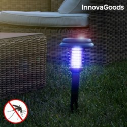 Solárny záhradný lapač hmyzu SL-700 s LED svetlom