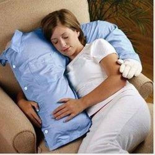 Vankúš priateľ v posteli
